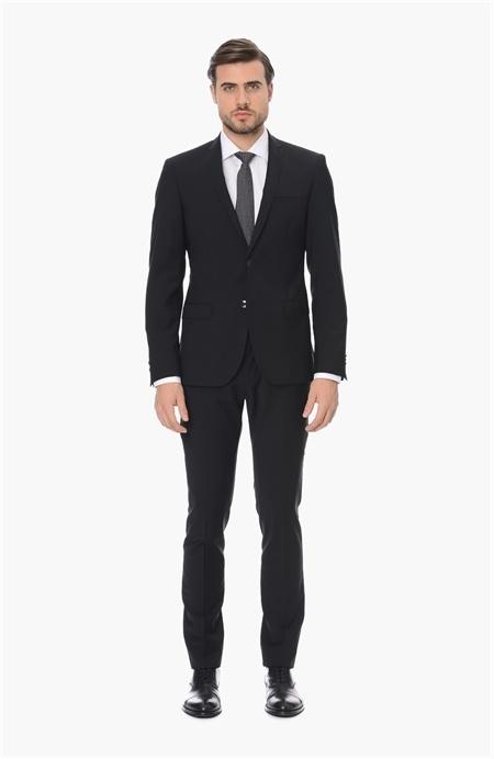 Siyah Yünlü Takım Elbise Network